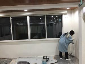 DIY! 企画開発室壁塗り